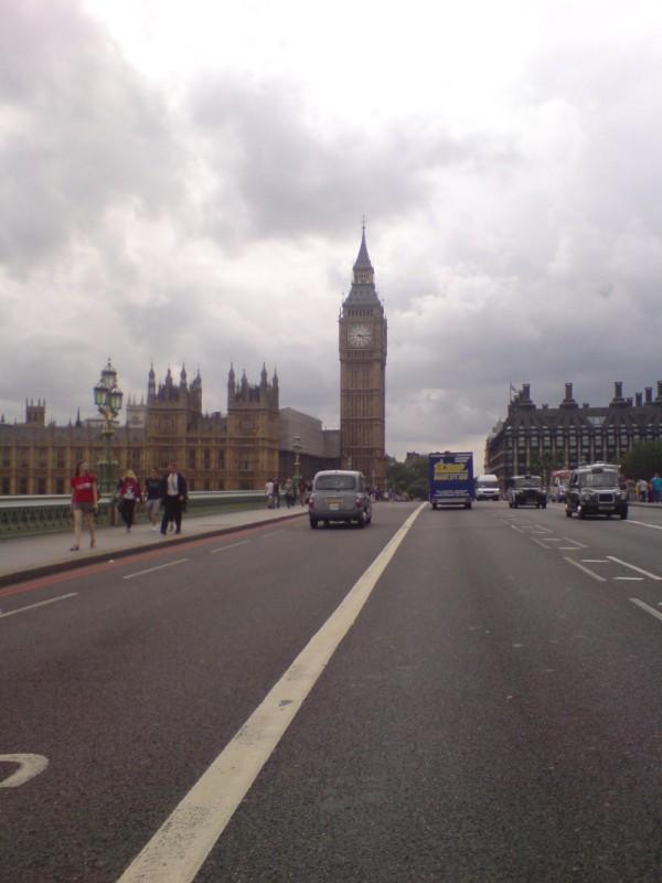 Mit der Simson nach London
